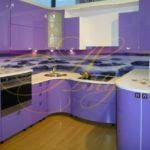 цвет-фиолетовый, стиль-модерн, п-образная, кухня Модерн М20